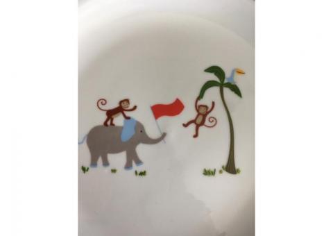 FAO porcelain baby dish set