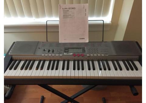Casio LK-230 61 Key Keyboard, VG Condition
